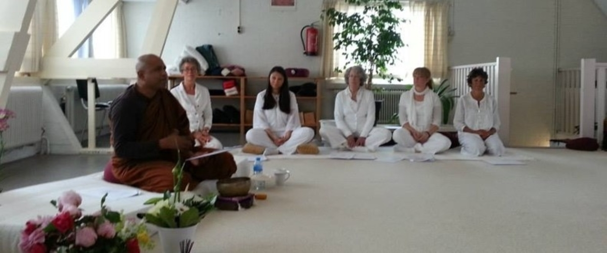 භාවනා වැඩසටහන් / Meditation programes
